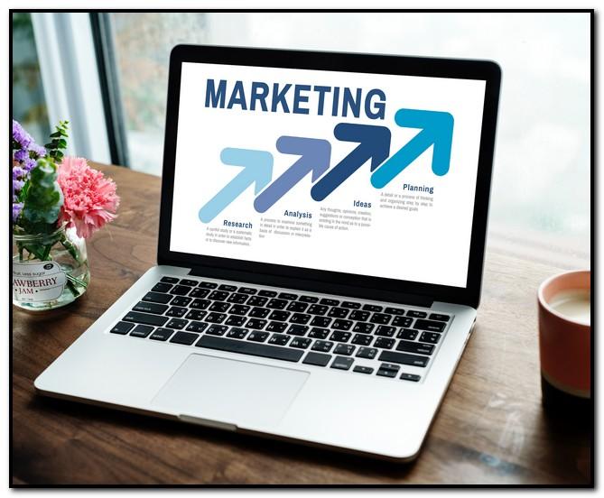 Apa Perbedaan Sales dan Marketing?